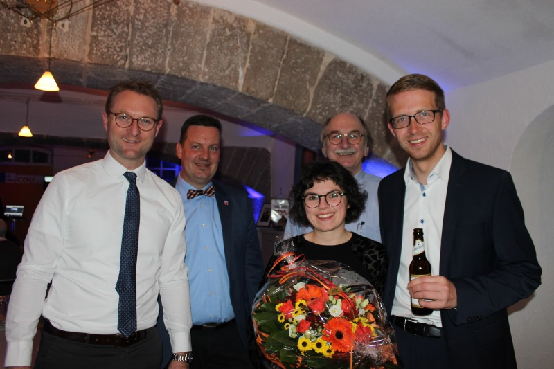 Dr. Jens Mischak, Bürgermeister Dietmar Krist, Judith Ruhl, Bürgermeister Rainer-Hans Vollmöller und Michael Ruhl