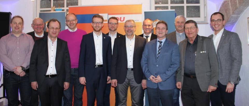 Die Bürgermeister Schneider, Bott und Ziegler sowie die Ersten Stadtrate  Altstadt, Jochim und Schwan gratulierten Bundestagsabgeordnetem  Brand (4.v.l.) und MdL Ruhl (5.v.l.) zur Eröffnung des Wahlkreisbüros